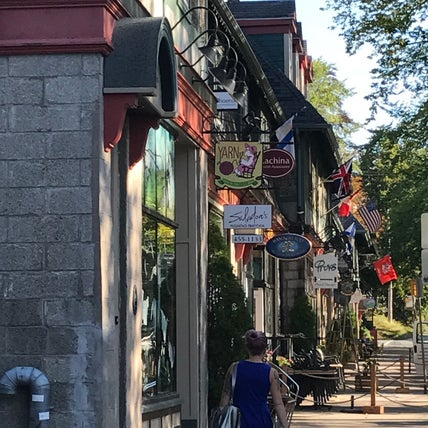 Photo of Shopping community